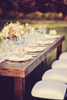 Pure farm table prettiness | Olowalu Plantation House Wedding from Tamiz Photography  Read more - http://www.stylemepretty.com/destination-weddings/2013/10/21/olowalu-plantation-house-wedding-from-tamiz-photography/