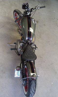 66 Triumph Bobber... Beautiful...