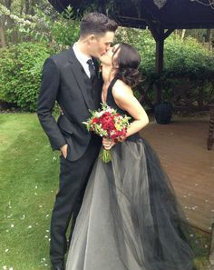 Shenae Grimes Marries British Model Josh Beech, Wearing Black Wedding Dress