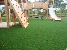 Would this FUN backyard make your KIDS smile? See more of our SYNLawn artificial grass for playground installations on our Houzz page! http://www.houzz.com/photos/64014709/Playgrounds-with-Artificial-Grass-traditional-landscape-san-francisco #synlawn