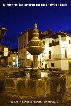 El Pilón de San Esteban del Valle.  Barranco de las Cinco Villas.  Ávila. Spain.