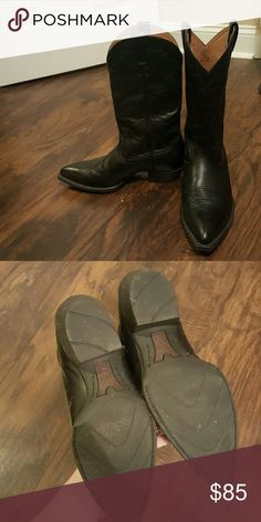 Ariat Boots Men's size 10.5M black ariat boots. Worn less than 10 times, my husband just prefers a square toe boot. My husband wears an 11.5 and these boots fit him perfect. Ariat Shoes
