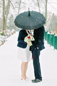 kurzes Brautkleid für Schwangere in A-Linie mit breiten Trägern…