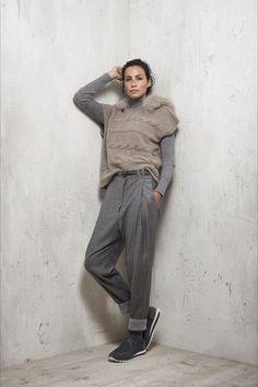 Shoes · Guarda la sfilata di moda Peserico a Milano e scopri la collezione  di abiti e accessori c53df774e0d