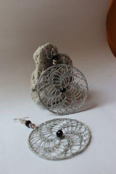 Dangle Earrings/Crochet Hoop Earrings/ Lace di LAlabastroCreazioni