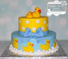Rubber Duckies - Cake by Sugar Sweet Cakes Rubber Duck Cake, Rubber Ducky Party, Rubber Ducky Birthday, Rubber Ducky Baby Shower, Baby Shower Duck, Baby Shower Cakes For Boys, Baby Shower Vintage, Boy Baby Shower Themes, Ducky Baby Showers