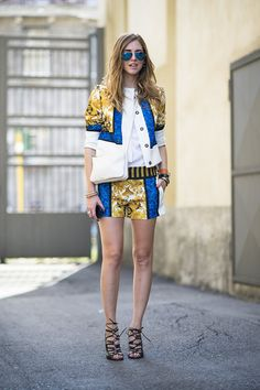 Street-Styled Ways --- Too hot to wear a suit? A shorts suit has the same polish, but with a much cooler effect. Street Style Summer, Street Style Looks, Suit Up, Short Suit, Mens Fashion Week, Summer Outfits, Summer Ootd, Summer Shorts, Minimalist Fashion