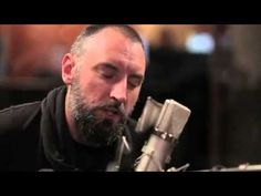 """One of my all-time favorite acoustic songs by Fink. """"Pretty Little Thing"""""""
