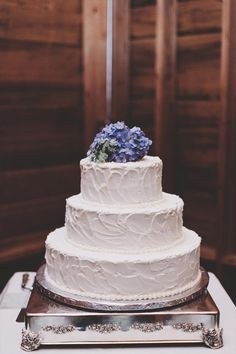 Looking for a cake topper? Try a small bouquet of periwinkle hydrangeas for the finishing touch on a buttercream cake.
