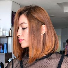 Long bob iluminado: a combinação perfeita para um cabelo incrível Dreadlocks, Long Hair Styles, Beauty, Long Bob With Fringe, Awesome Hair, Colorful Hair, Red Heads, Gorgeous Hair, Brunettes