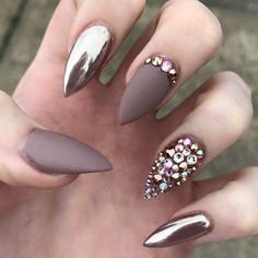 Diggin this mauve and sparkles!