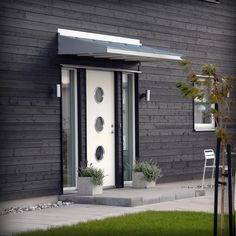 5 Bedroom House, House Rooms, Led Wand, Front Entrances, House Entrance, Outdoor Living, Outdoor Decor, Black House, My House