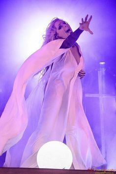 Music Tv, Music Stuff, Maria Brink, Pop Rock, Metal Girl, Woman Crush, American Artists, Girl Power, Aurora Sleeping Beauty