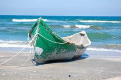Wooden Sailboat | Wood row boat on beach