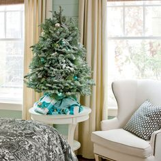 LOVE OF THE SEA: Holiday Decorating...Seaside Style