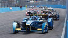 Formula E race cars    Image source: http://a.fssta.com/content/dam/fsdigital/fscom/MOTORS/images/2015/03/14/031415-motor-formula%20e%20miami%20eprix.vresize.1200.675.high.21.jpg