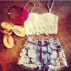 love the sweet outfit