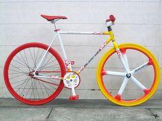 Here are 18 of the best pimped out fixie bikes. Urban Bike, Fixed Gear Bike, Cool Bike Accessories, Bike Shoes, Bicycle Art, Bike Style, Street Bikes, Bike Design, Custom Bikes