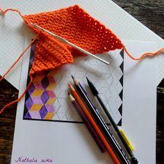 """/!\ ==> Voir le lien vers le simulateur de couleur : """" coloriage magique """" Nathalie M: Losanges au crochet à la manière de Vasarely"""