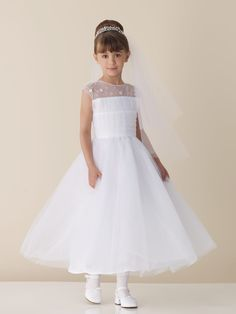 Cheap dress couture, Buy Quality dresses metallic directly from China dress sumer Suppliers: Flor Menina Vestidos Elegant Scoop Flower Girl Dresses For Weddings 2016 First Communion Dresses With Flowers Beaded Cute Wedding Dress, Fall Wedding Dresses, Colored Wedding Dresses, Bridesmaid Dresses, Pretty Flower Girl Dresses, Tulle Flower Girl, Flower Girls, Organza Flowers, Girls Communion Dresses