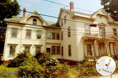 According to a quick search of Google Street View, this is the house in #Somerville where Alexander Graham Bell installed the first private telephone line. Interesting History, Interesting Facts, Telephone Line, Alexander Graham Bell, Inventors, True Happiness, Abandoned Homes, Random Facts, Famous Places