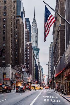 budget new york city * budget new york ; budget new york city ; budget new york trip ; budget new york hotels ; budget new york wedding ; new york on a budget ; new york city on a budget ; new york vacation on a budget New York Trip, New York City Travel, Honeymoon In United States, United States Travel, Nyc Skyline, Manhattan Skyline, Manhattan Nyc, Lower Manhattan, New York Guide