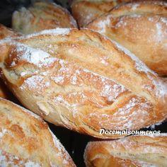 Pão quentinho feito em casa