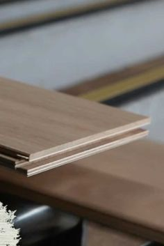 End matching of wooden flooring boards