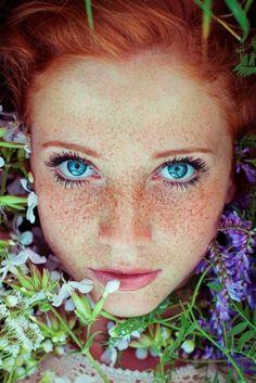 Stunning Redhead Portraits By Maja Topčagić Capture The Spirit Of Summer Stunning Redhead, Beautiful Red Hair, Beautiful Eyes, Amazing Hair, Beautiful Women, Redhead Facts, Red Hair Blue Eyes, Green Hair, Spirit Of Summer