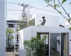 Office of Ryue Nishizawa, Moriyama House, 2005 © Takeshi Homma
