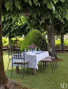 dining al fresco | dining outside | dining outdoors design | dining al fresco backyards | gatherings | entertaining | outdoor living | party ideas