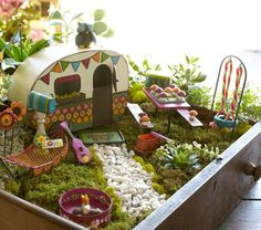 Easy Diy Fairy Garden Houses - There are fairy garden ideas for containers the yard and indoors. Plus there are diy projects for fairy garden accessories so you can build your own f. Mini Fairy Garden, Fairy Garden Houses, Gnome Garden, Fairy Gardening, Flower Gardening, Garden Plants, Balcony Gardening, Fairies Garden, Garden Kids