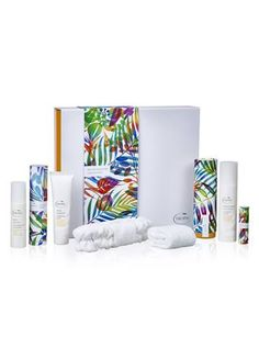 NEW - SUPER DELUXE SKINCARE COLLECTION - contains all the products from the Deluxe Skincare Collection PLUS: Night Repair (50ml) and Eye Revive (15 ml) Tropic Price - £128.00 Save £43 !! https://www.tropicskincare.co.uk/shop/lynnepreece