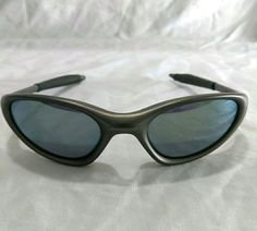 7b7030b8807 Oakley Mens Minute 1.0 Vintage Gray Frame Sunglasses Oakley Glasses Gray  Sport
