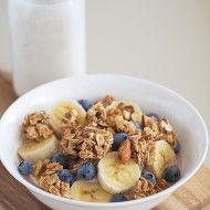 Vanilla Almond Granola | The Breakfast Drama Queen