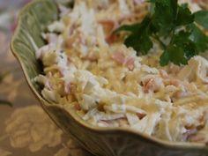 Salata de telina - Carrefour-Pentru o viata mai buna Mai, Cabbage, Vegetables, Food, Salads, Essen, Cabbages, Vegetable Recipes, Meals
