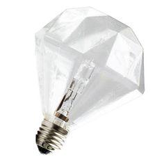Ampoule Diamond  - Ampoule design en forme de diamant à multiple facettes. L'ampoule émerveillera aussi allumée qu'éteinte.Technologie halogène pour un maximum d'efficacité.