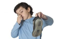 No more bad smells. Sling Backpack, Cleaning, Backpacks, Tips, Sweet, Shoes, Clothes Line, Recipes, Ideas