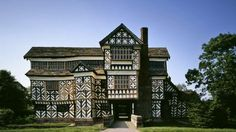 Little Moreton Hall in was built in the Tudor period to make a big impression. 500 years on and its still wowing visitors with its iconic black and white timber frame and wonky appearance. by nationaltrust Little Moreton Hall, Castles In England, Tudor House, Amazing Buildings, Building Structure, National Trust, Architecture Old, Interior And Exterior, Exterior Design