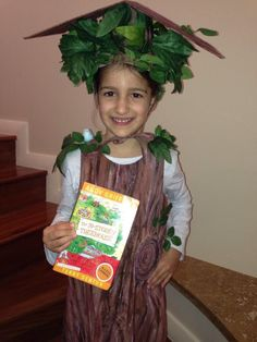 adorable treehouse costume on Andy Griffiths' blog