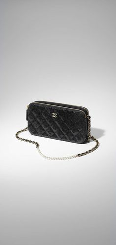 Clutch with chain, crackled patent calfskin & gold-tone metal-black - CHANEL