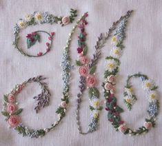 Elisabetta ricami a mano: Soffocata dai fiori Elizabeth Hand embroidery: Suffocated by flowers M - beautiful embroidery monogram ℳarina, Letter ℳ, Monogram Embroidery Alphabet, Embroidery Monogram, Paper Embroidery, Learn Embroidery, Silk Ribbon Embroidery, Cross Stitch Embroidery, Embroidery Sampler, Flower Embroidery, Vintage Embroidery