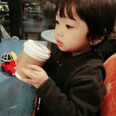 Jeon ailesi... @Vkookunyoonmini'ne ithaf edilmiştir... #hayrankurgu # Hayran Kurgu # amreading # books # wattpad Cute Asian Babies, Korean Babies, Asian Kids, Cute Babies, Baby Boy, Baby Kids, Beautiful Children, Beautiful Babies