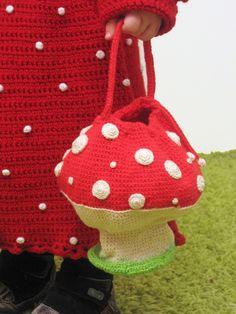 Mushroom bag by Mumami