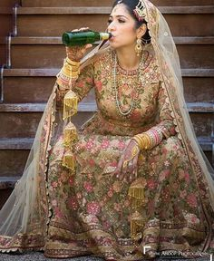 Unique Ideas For The Not-So-Traditional Bride To Be. Anyone who's ever been involved in preparing or planning a wedding, whether small or large, will tell you what an ordeal it can be. Indian Wedding Couple Photography, Wedding Photography Poses, Beach Photography, Bridal Poses, Bridal Photoshoot, Bridal Outfits, Bridal Dresses, Lace Dresses, Indian Dresses