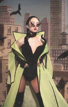 The Blonds x Disney Villains Fashion Show At New York Fashion Week Couture Fashion, Runway Fashion, High Fashion, Fashion Outfits, Womens Fashion, Crazy Fashion, Stylish Outfits, Shows, Disney Villains