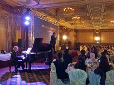 Il Maestro Luigi Mascherpa al piano e il tenore Luca Bodini