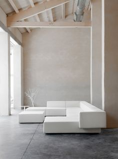 Sofas | Seating | Step Couch | viccarbe | Vincent Van Duysen. Check it out on Architonic