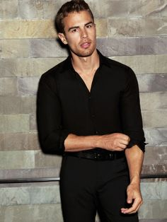 Dedicated to the brilliant Theo James (Theodore Peter James Kinnaird Taptiklis), and Divergent related posts! Theo James, Theodore James, Sanditon 2019, My Sun And Stars, Raining Men, Attractive Men, Perfect Man, Hot Boys, Celebrity Crush