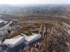 located in birzeit, 25 kilometers north of jerusalem, the institution has been developed around the exploration of important milestones in palestinian history, culture, and society.